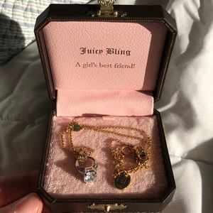 Juicy Couture Ring Pendant